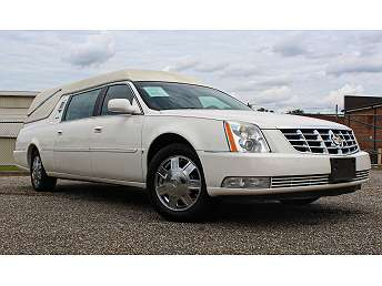 2006 White Cadillac DTS Chassis