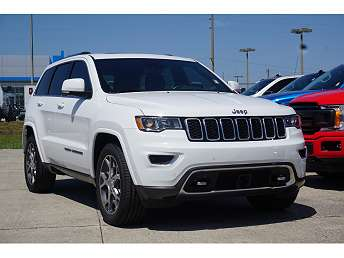 White Jeep Grand Cherokee Sterling Edition 2018